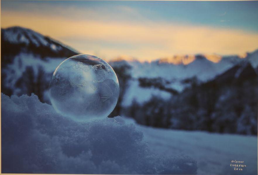Plongez dans la poésie des bulles d'Etienne Curreaux